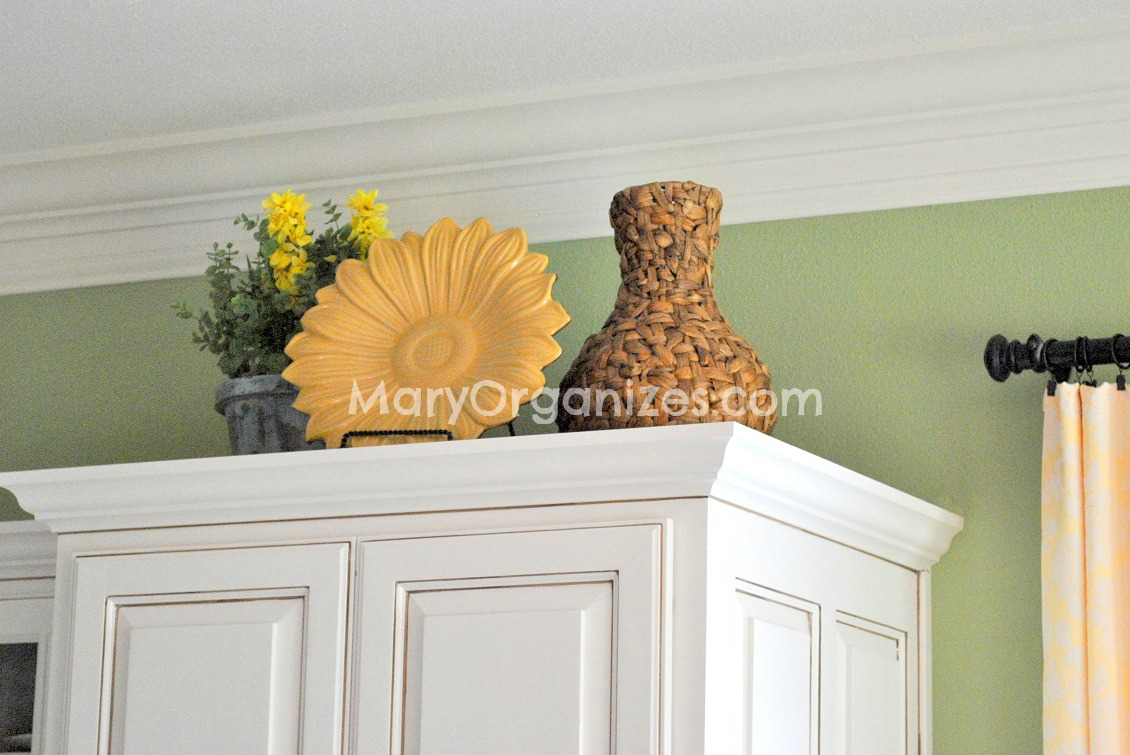 Mary Organizes Home Tour - Kitchen (5)