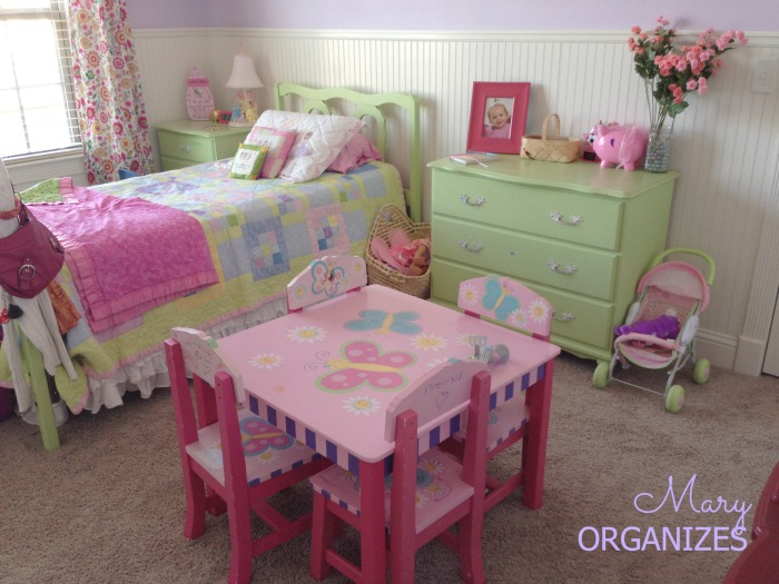 Izzys Room Tour Picture 8