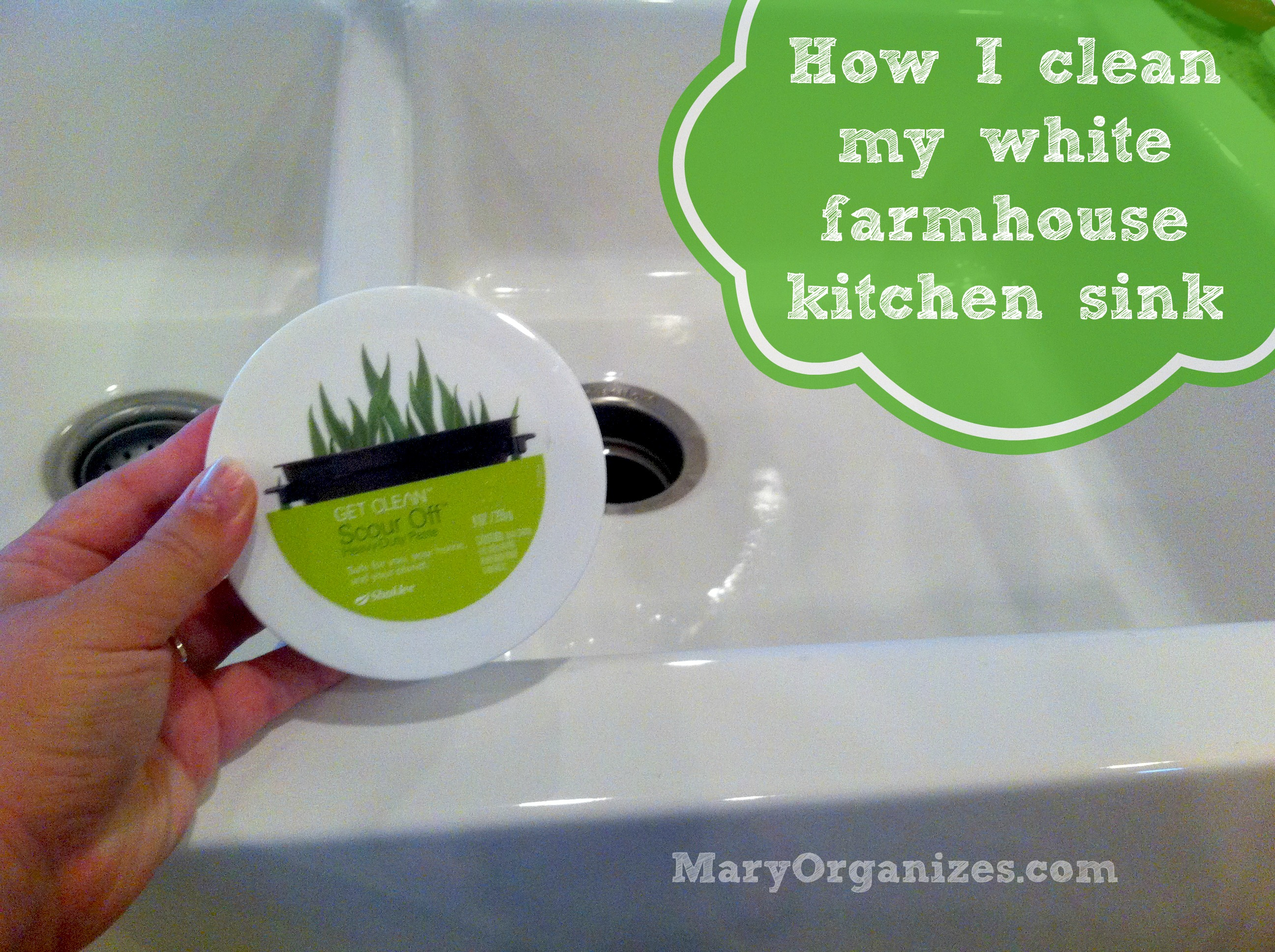 How I Clean My Kitchen Sink {A Video!}